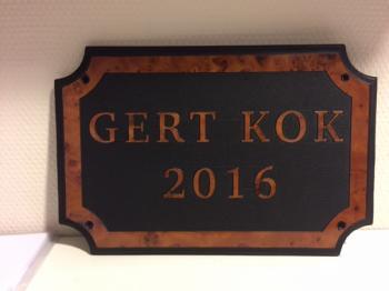 Naamplaat Model E Wortelenoten Glans Gert Kok 2016