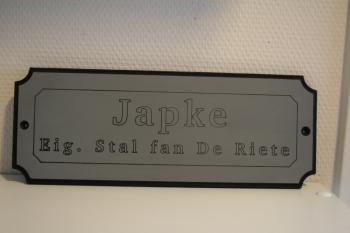 Naamplaat Model G Licht Grijs Japke